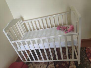 Детская мебель - Бишкек: Продаю новый манеж, только купили, не пользовались. Детская мебель