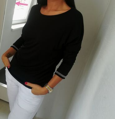 Majica goa - Srbija: Extra majica extra modelSuper pamuk elastin sa ukrasnim detaljima na