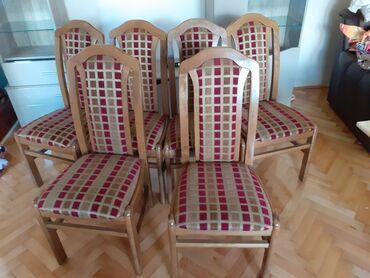 Kuća i bašta - Kragujevac: 6 stolica i sto na prodaju