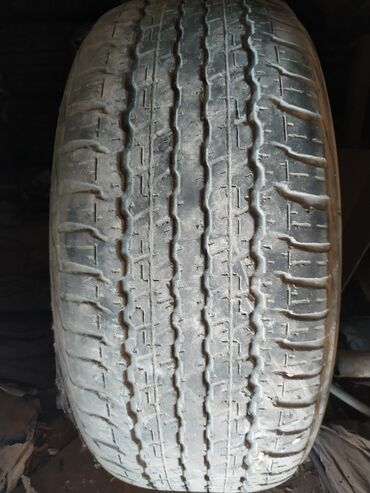 Продаю 1 шину Dunlop R18, 285/60/18. Цена 800 сомов