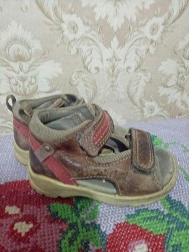 спортивную обувь ecco в Кыргызстан: Продаю сандалики на мальчика кожаные ортопедические в хорошем