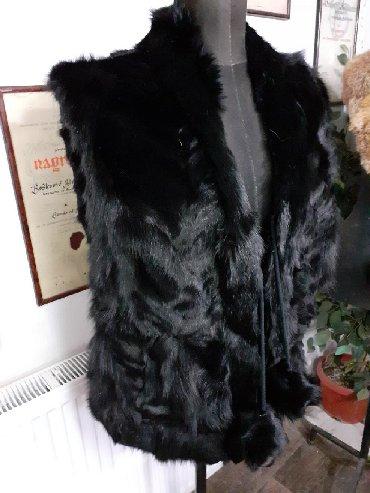 Krzneni kaputi - Sremska Mitrovica: AKCIJA Prsluk od lisice Farbana lisica prirodno krzno