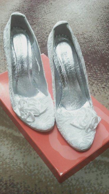 туфли одеты один раз в Кыргызстан: Туфли свадебные. Размер 38. Одетые один раз. В хорошем состоянии