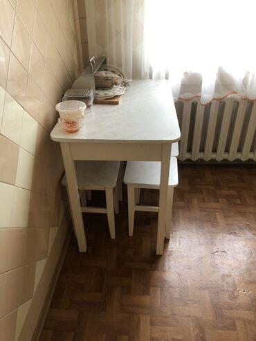 продам кухонный стол in Кыргызстан | СТОЛЫ: Продаю кухонный стол и 4 стула  В хорошем состоянии