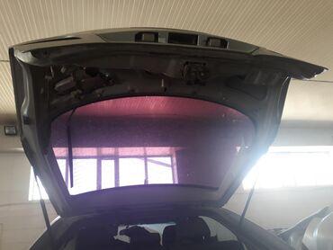 Продаю багажник хэтчбек Mazda 6 Без стекла