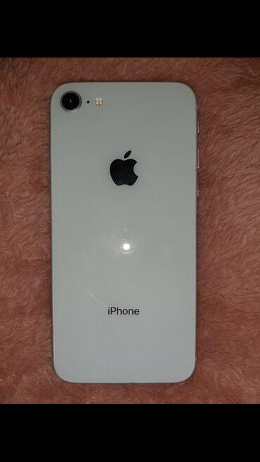 Polovni iPhone 8 64 GB Vhite
