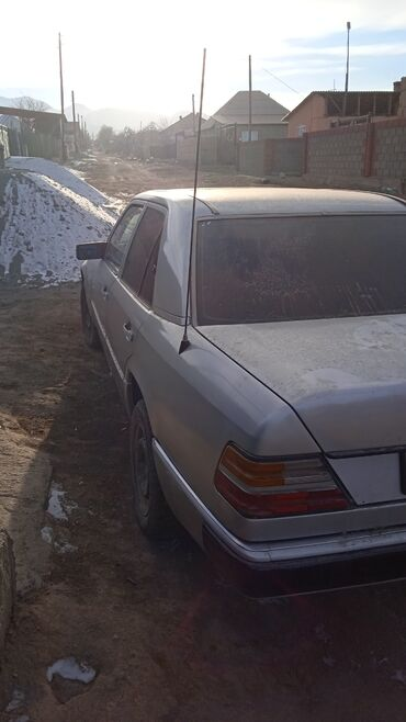 Mercedes-Benz 220 2 л. 1994
