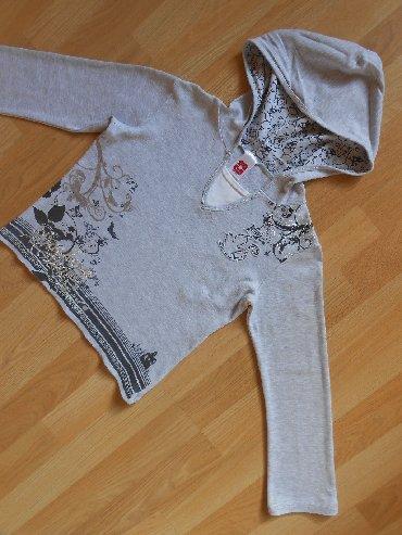 Ostala dečija odeća | Becej: C&A duks vel 9/10 god (134-140cm)  Odlično očuvan.  širina ramena