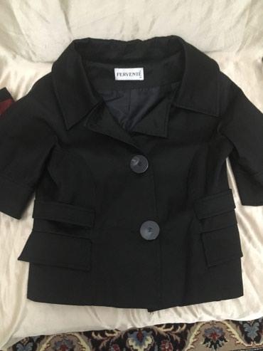 Пиджак хорошего качества б/у в идеальном состоянии 42-44 размер в Бишкек