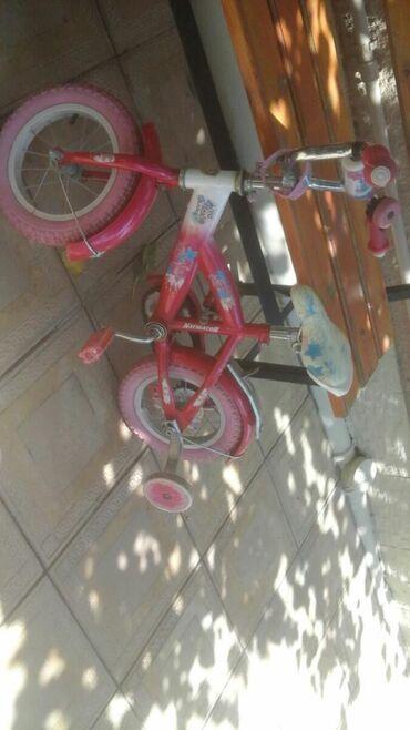 velosiped-gence - Azərbaycan: Gencede qiz ucun velosiped tecilib satilir islek veziyetdedir