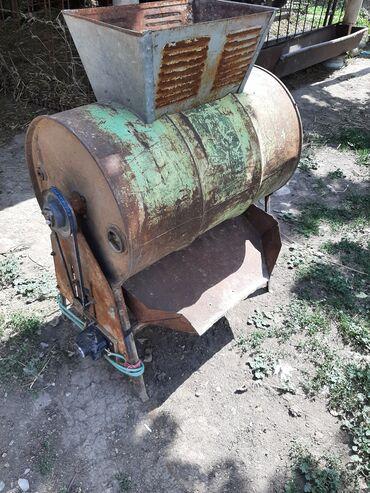 Животные - Юрьевка: Продаю початкодробилка для кукурузыВ рабочем состоянии цена 5000сомВсе