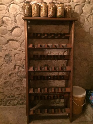 Стеллаж для вина ,размер 60 см х 200 см в Бишкек