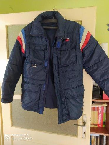Muška jakna izuzetno očuvana,Vel 48 odgovara L i Xl.Ne radi