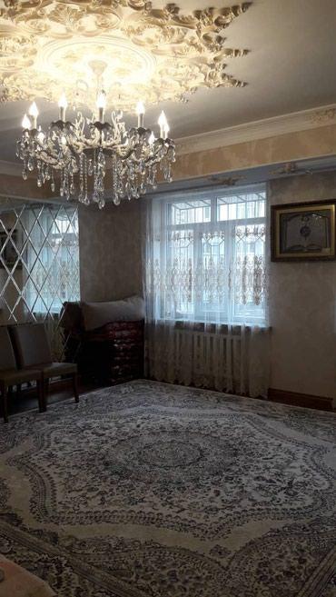 Продается квартира: 3 комнаты, 125 кв. м., Бишкек в Бишкек
