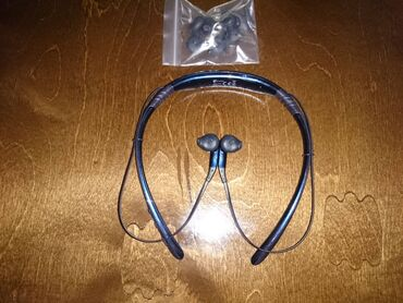лайтнинг наушники в Кыргызстан: Наушники Вставные Samsung Bluetooth Level U EO-BG920, купленные два