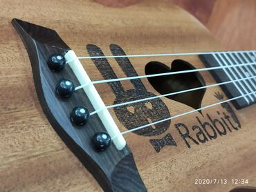 купить пластиковый шифер в бишкеке в Кыргызстан: УКУЛЕЛЕ КОНЦЕРТ 23 RABBIT гавайская гитара концертная кролик заяц
