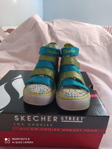 Dečije Cipele i Čizme - Crvenka: Skechers patike 28,5