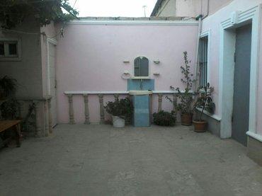 Qobustan şəhərində Abseron rayonu hokmeli qesebesinde 2 sot torpagin icinde 120 kv.m iki