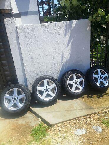 Auto delovi i oprema | Srbija: Na prodaju Alu felne sa gumama skinute od Peugeota 407. Gume su M+S