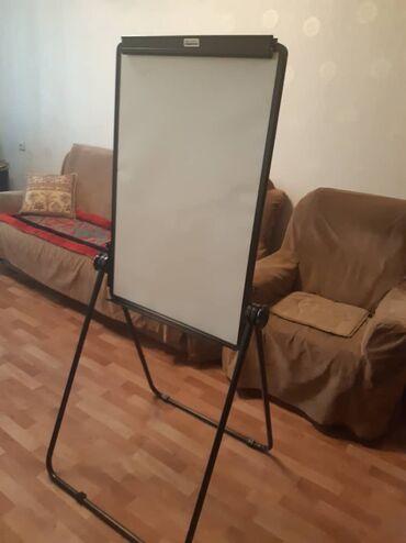 Доски стеклянная магнитно маркерная лаковые - Кыргызстан: Магнитно-маркерная доска новая Deli 600x900mm качество отличное, брали