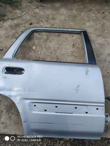 Транспорт - Ала-Тоо: Двери задний правый Хонда СРВ 1000 сом цвет серебро