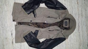 Yesica jaknica - Jagodina