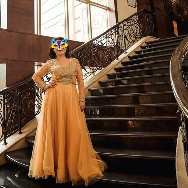 Платья - Лебединовка: Шикарное платье с камнями. Покупала очень дорого. Размер 46 . M-l