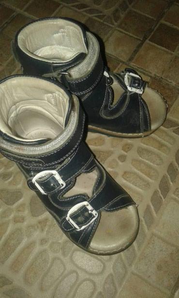 Детская обувь в Токмак: Детская ортопедическая обувь б/у, 22 размер. 500 сом