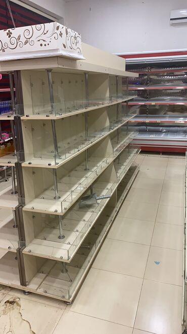 - Azərbaycan: Marketcun divar ve orte vitrinler satilir