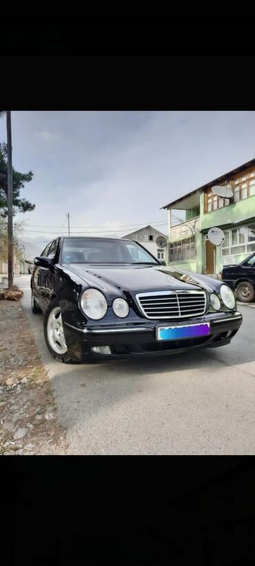 Mercedes-Benz 2000 2 l. 2000 | 263000 km