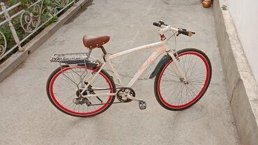 Спорт и хобби - Джалал-Абад: Продам Велосипед срочно. В отличном состоянии. Размер колес 28 Алюминь