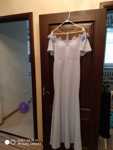 платье футляр голубое в Кыргызстан: Нежное платье, одето один раз