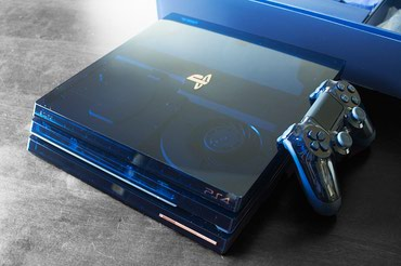 Bakı şəhərində PlayStation 4 Pro 2Tb 500 Million Limited Edition + camera