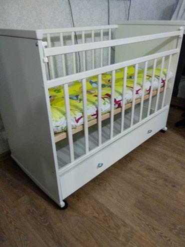 Продаю кроватку детскую. В отличном состоянии не пользовались. Россия!