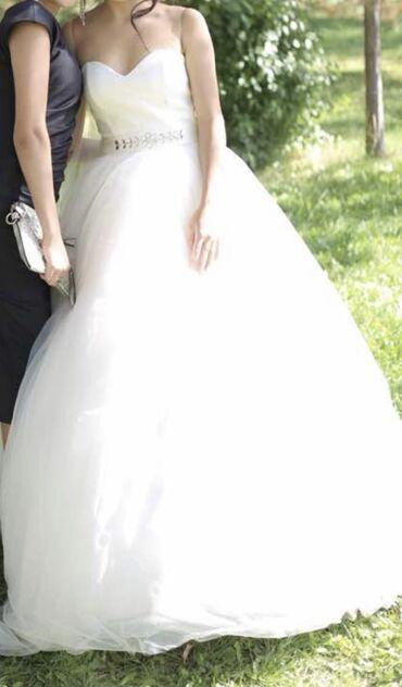 Платье свадебное, надевали один раз, можно носить в 2х вариантах,разм