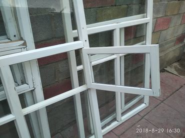 ОКНА б/у -3шт.Два окна с в Novopokrovka