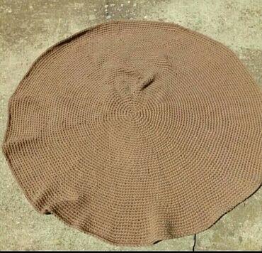 Rucno strikani tepih precnika 110cm