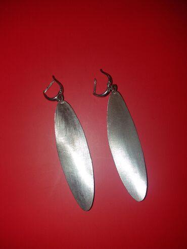 Листайте, есть еще варианты.1. Серебрянные серьги с жемчугом. Толстое
