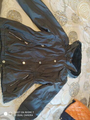Куртка женская на 46 48 может river Iceland. Ватспап!