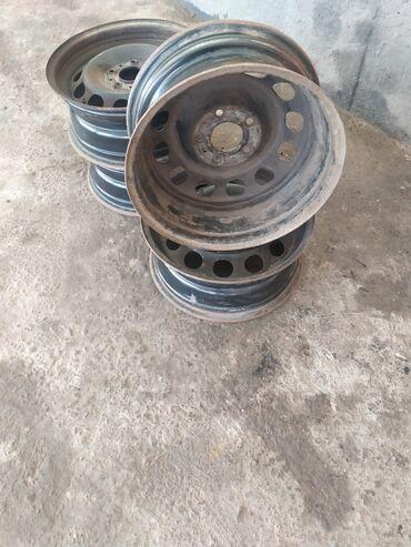 bmw m3 2 3 kat в Кыргызстан: Продаю родные диски от BMW