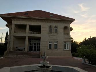 Bakı şəhərində Kirayə Uzunmüddətli: 500 kv. m., 7 otaqlı