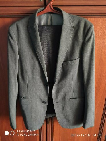 moschino мужская одежда в Кыргызстан: Костюмы M