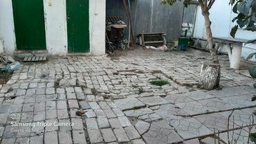 Daşınmaz əmlak - Xudat: Evlərin satışı 100 kv. m, 2 otaqlı