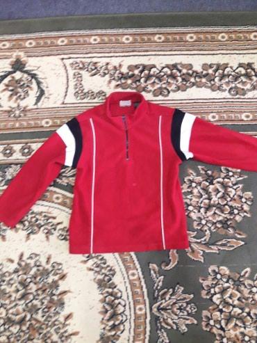 Продаю детскую сторт кофту.8-12л.в хорошем состоянии. в Бишкек
