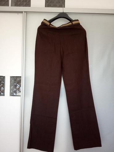 Pantalone-kvalitetne-malo - Srbija: Nove kvalitetne pantalone, prelepo stoje.Veličina 40, materijal puniji