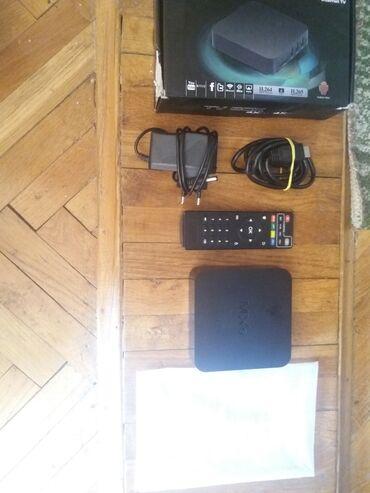 Tv box omogucava povezivanje na televizor i idete na