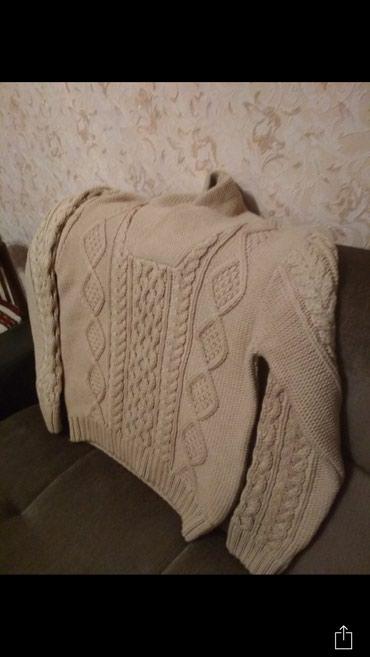 Продаю мужской свитер новое турция прошу 500сом. в Бишкек