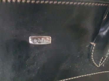 Manual crna torba od kvaliterne koze.Torba je malo nosena. - Arandjelovac - slika 2