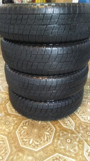 Продам комплект зимней резины Bridgestone-icepartner studless Made in