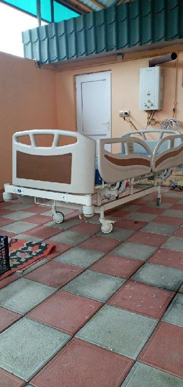шикарная кровать в Азербайджан: Kravat satilir tezekimidir 1500